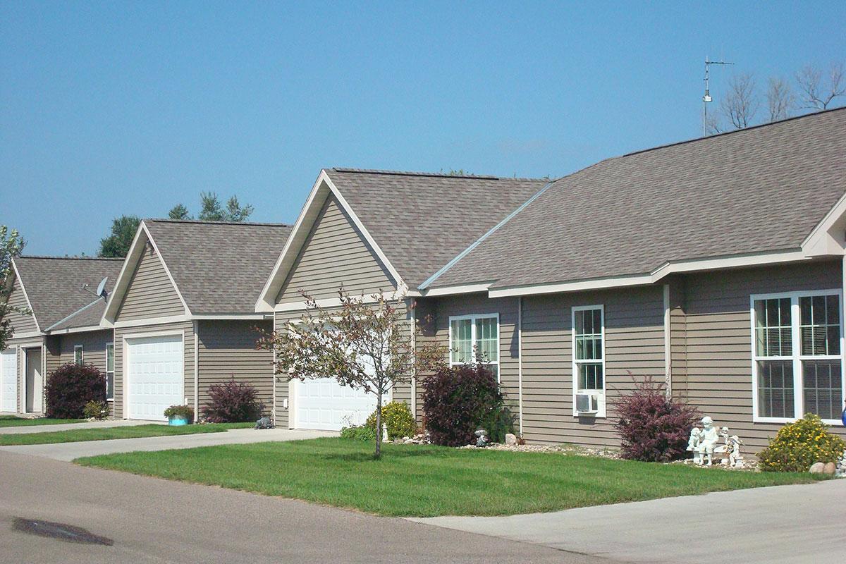 Glenwood courtyard property management for Glenwood house